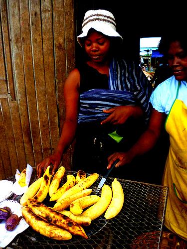 3635789331-sandga-market-in-douala-cameroon
