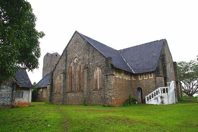 Region Sud Cameroun, vue de la magnifique eglise de Foulassi (berceau de l'hymne du Cameroun) construction coloniale anglise